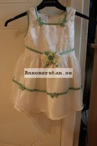 Prinsess/näbb klänning