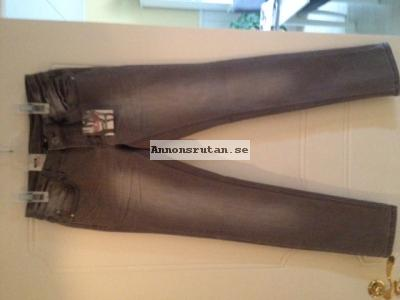 Jeans strl 152